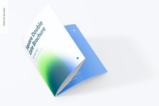 Maquette de brochure carrée à double porte, pliée