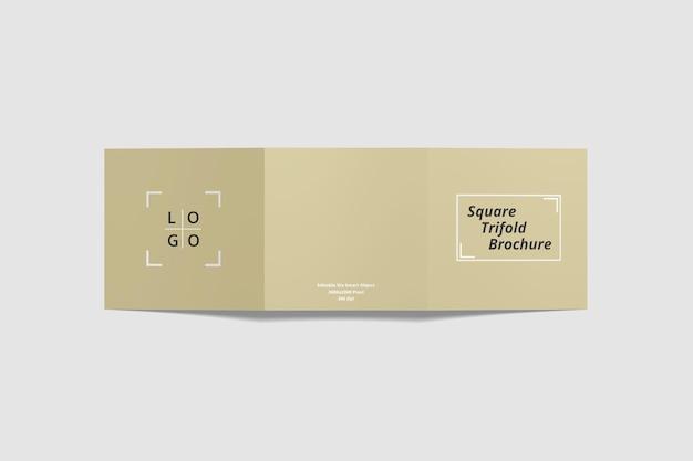 Maquette de brochure carrée à trois volets en vue d'angle supérieur de rendu 3d