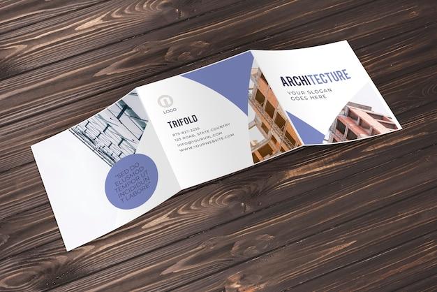 Maquette de brochure commerciale à trois volets