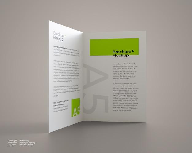 Maquette de brochure pliante en position debout