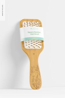Maquette de brosse à cheveux carrée en bambou, penchée