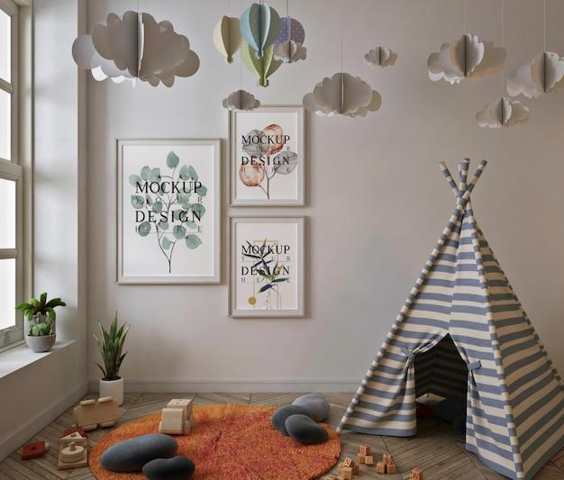 Maquette de cadre d'affiche dans la salle de jeux pour enfants avec tente