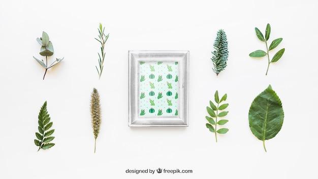 Maquette de cadre avec des feuilles