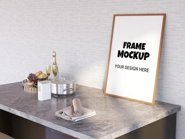 Maquette de cadre photo sur la table de bar
