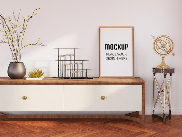 Maquette de cadre photo sur la table en bois
