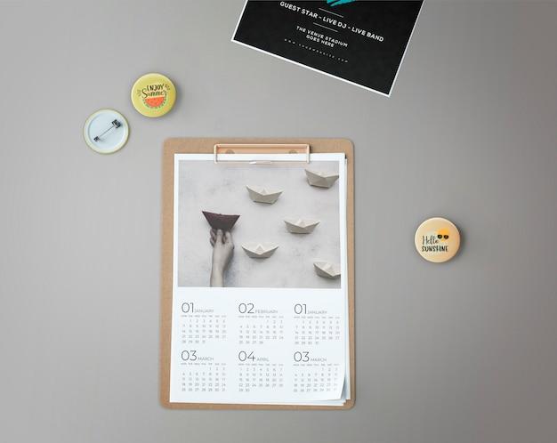 Maquette de calendrier plat décoratif