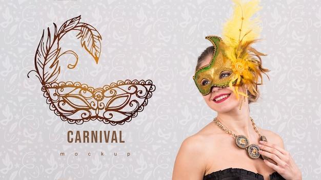 Maquette de carnaval avec une image de femme