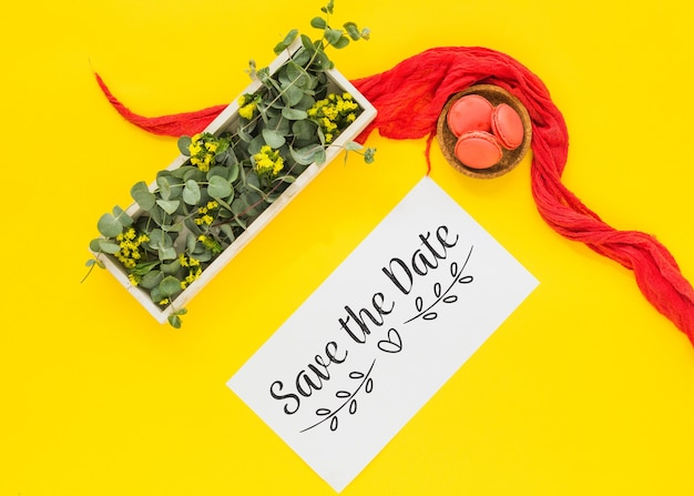 Maquette de carte avec décoration florale pour mariage ou citation