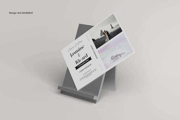 Maquette de carte postale debout