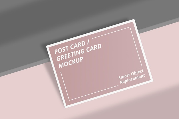 Maquette de carte postale élégante avec superposition d'ombre