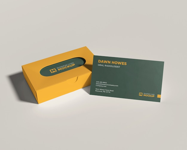 Maquette de carte de visite avec une boîte jaune