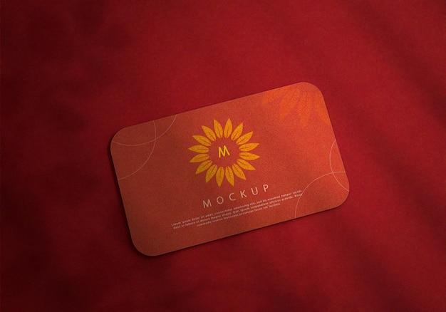 Maquette de carte de visite de couleur rouge