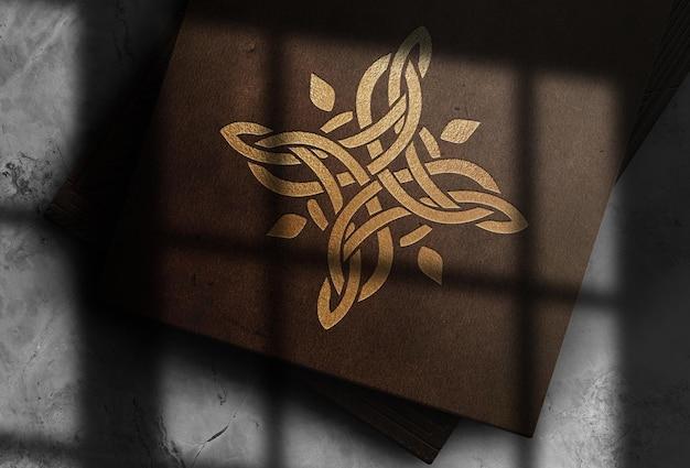 Maquette de carte de visite en cuir en relief