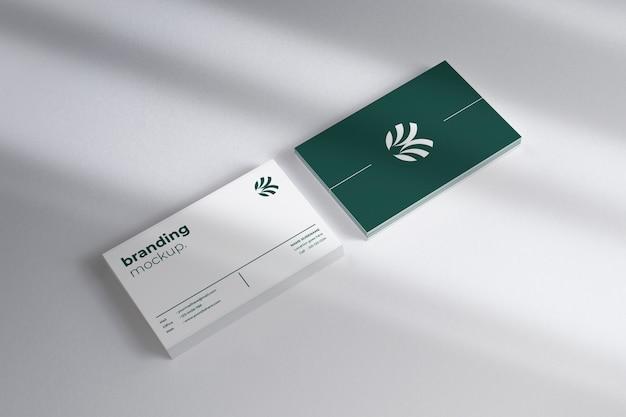 Maquette de cartes de visite horizontales modernes