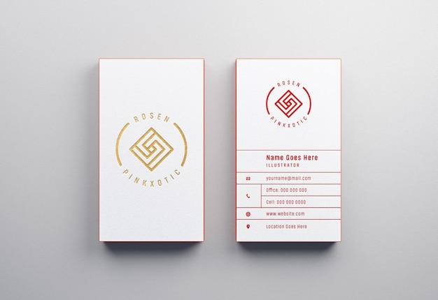 Maquette de cartes de visite moderne et luxueuse avec effet typographique