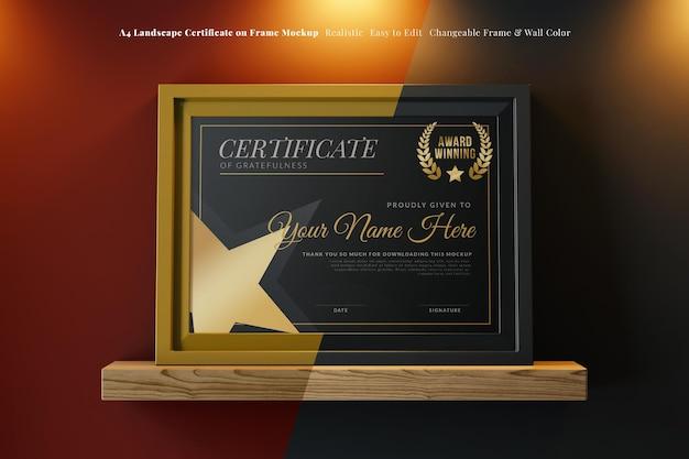 Maquette de certificat de cadre élégant paysage a4 sur une étagère en bois dans un intérieur sombre
