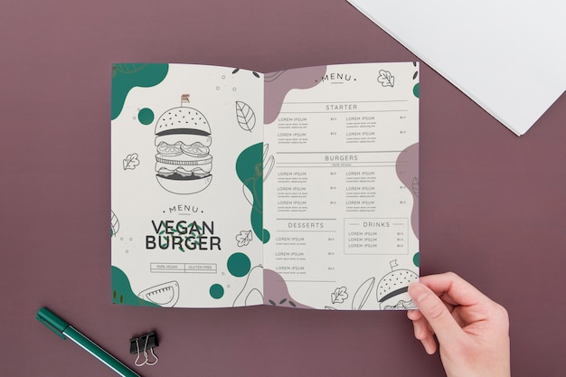 Maquette de concept de brochure pliante