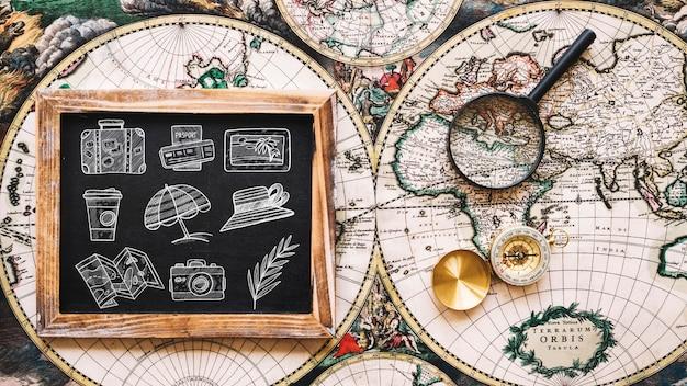 Maquette de concept de voyage vintage avec ardoise