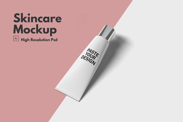 Maquette cosmétique hydratante pour les soins de la peau