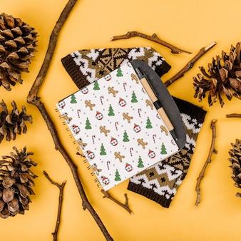 Maquette de couverture de cahier avec concept de noël