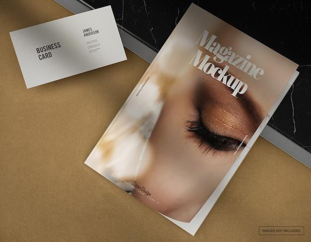 Maquette de couverture de magazine photo réaliste avec conception de carte de visite