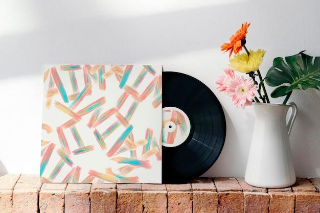 Maquette de couverture en vinyle coloré rétro