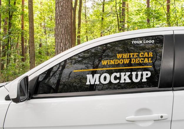 Maquette de décalque de fenêtre de voiture blanche
