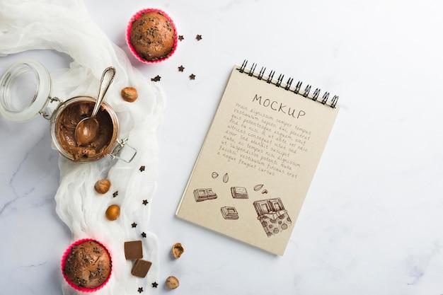 Maquette de délicieux muffins au chocolat