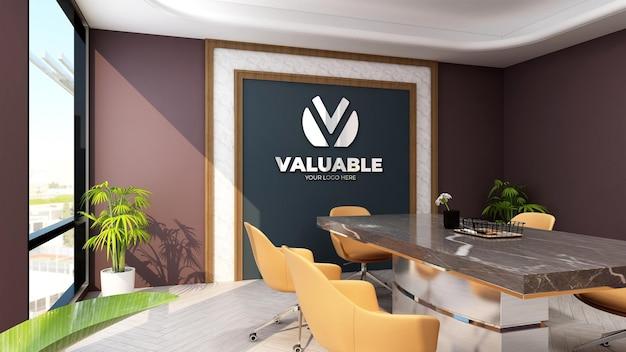 Maquette du logo du mur de l'entreprise dans la salle de réunion du bureau de luxe