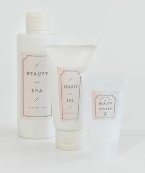 Maquette d'emballage de soins de la peau