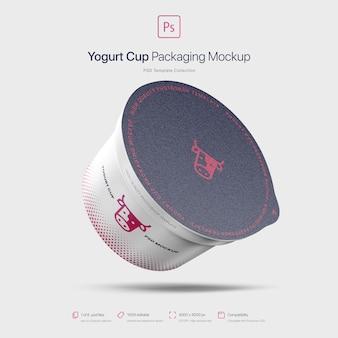 Maquette d'emballage de tasse de yogourt volant