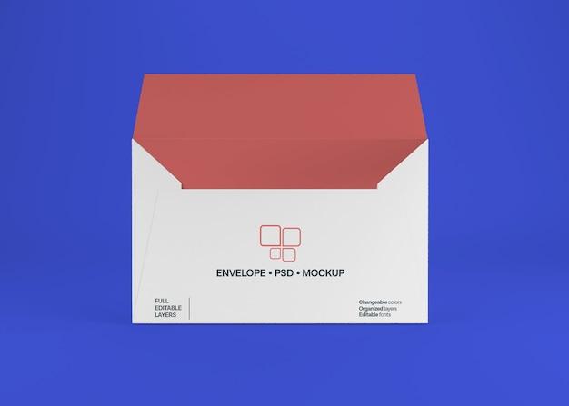 Maquette d'enveloppe réaliste isolée