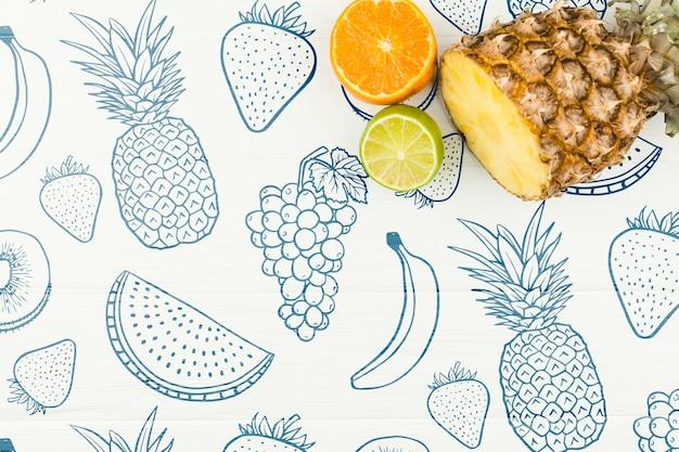 Maquette d'été à plat avec fond et fruits