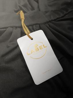 Maquette d'étiquette en relief en or