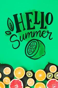 Maquette de fond plat laïque avec des fruits d'été