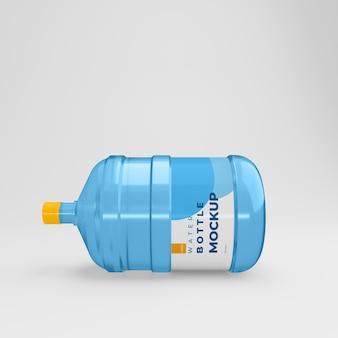 Maquette de grande bouteille d'eau réaliste en 3d