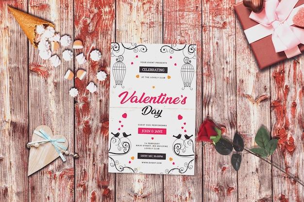 Maquette d'invitation avec la conception de la saint-valentin