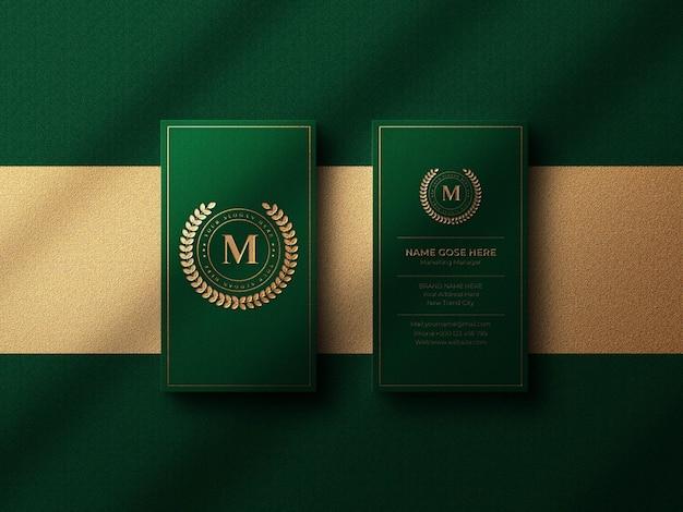 Maquette de logo de carte de visite de luxe avec effet or