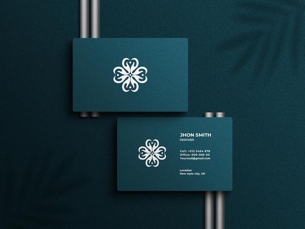 Maquette de logo de carte de visite de luxe et moderne avec effet en relief
