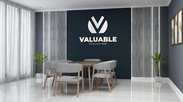 Maquette de logo d'entreprise 3d dans l'espace de réunion de bureau avec bureau et chaise en bois