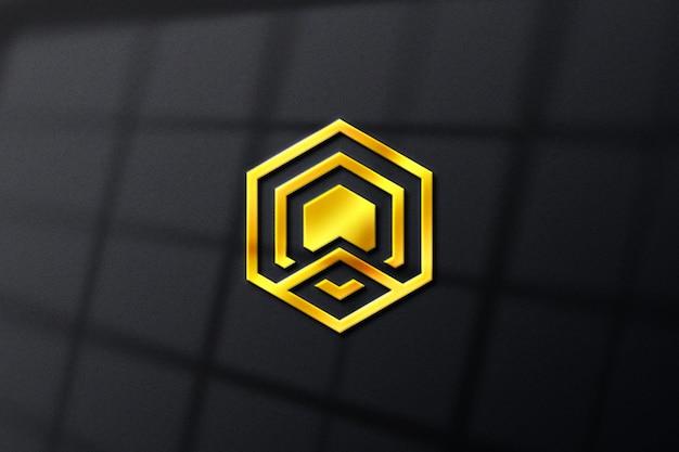 Maquette de logo d'entreprise réaliste de luxe doré