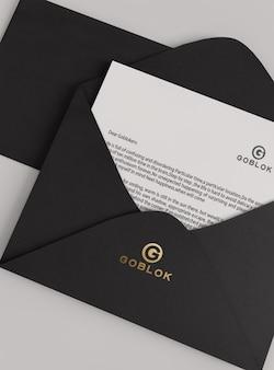Maquette de logo d'enveloppe à motif doré