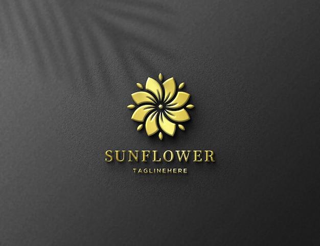 Maquette de logo en feuille d'or de luxe en relief 3d
