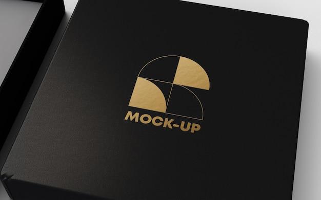 Maquette de logo de feuille d'or