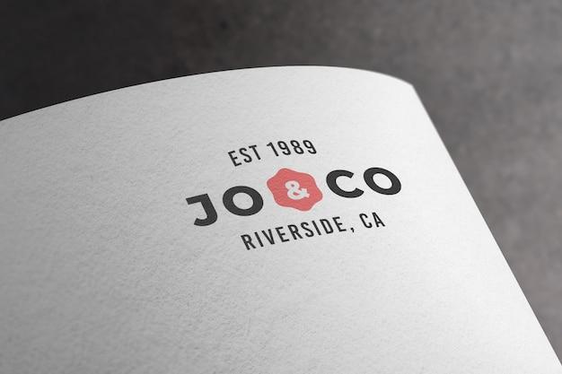 Maquette de logo imprimé sur papier