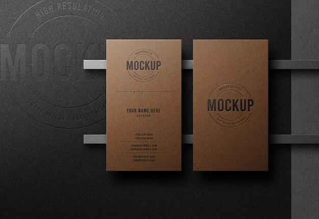 Maquette de logo de luxe sur carte de visite avec effet typographique