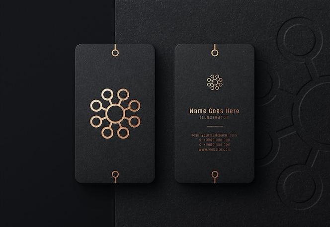 Maquette de logo de luxe sur carte de visite noire