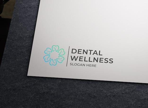 Maquette de logo de luxe sur papier blanc