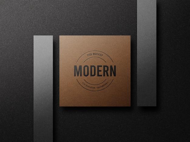 Maquette de logo de luxe typographique sur carte de visite