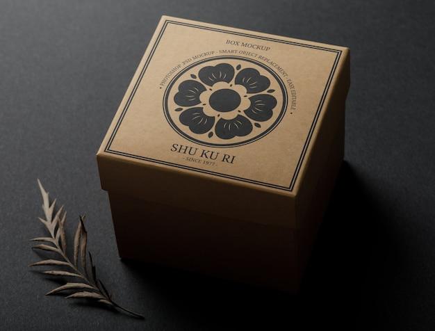 Maquette de logo minimale sur la boîte